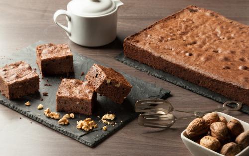 Oven range cakes