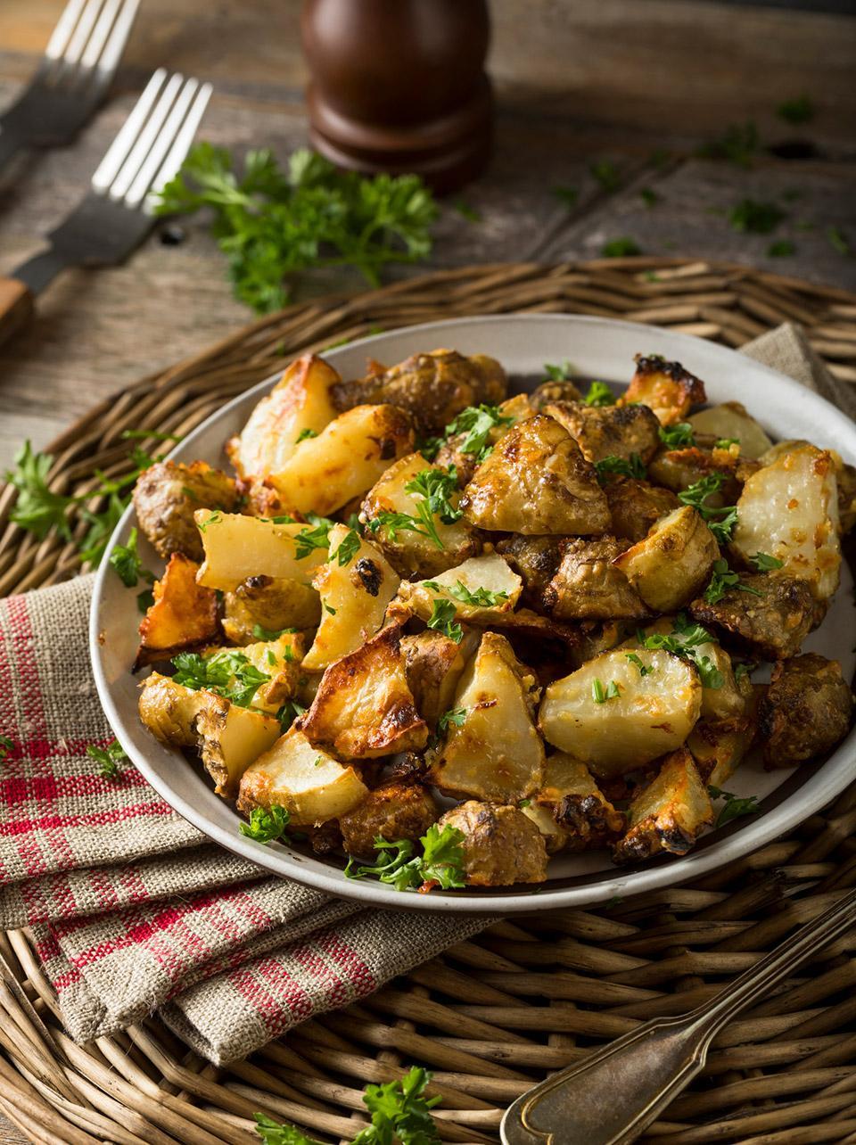 Alcachofas con patatas y refrito de chorizo Palacios